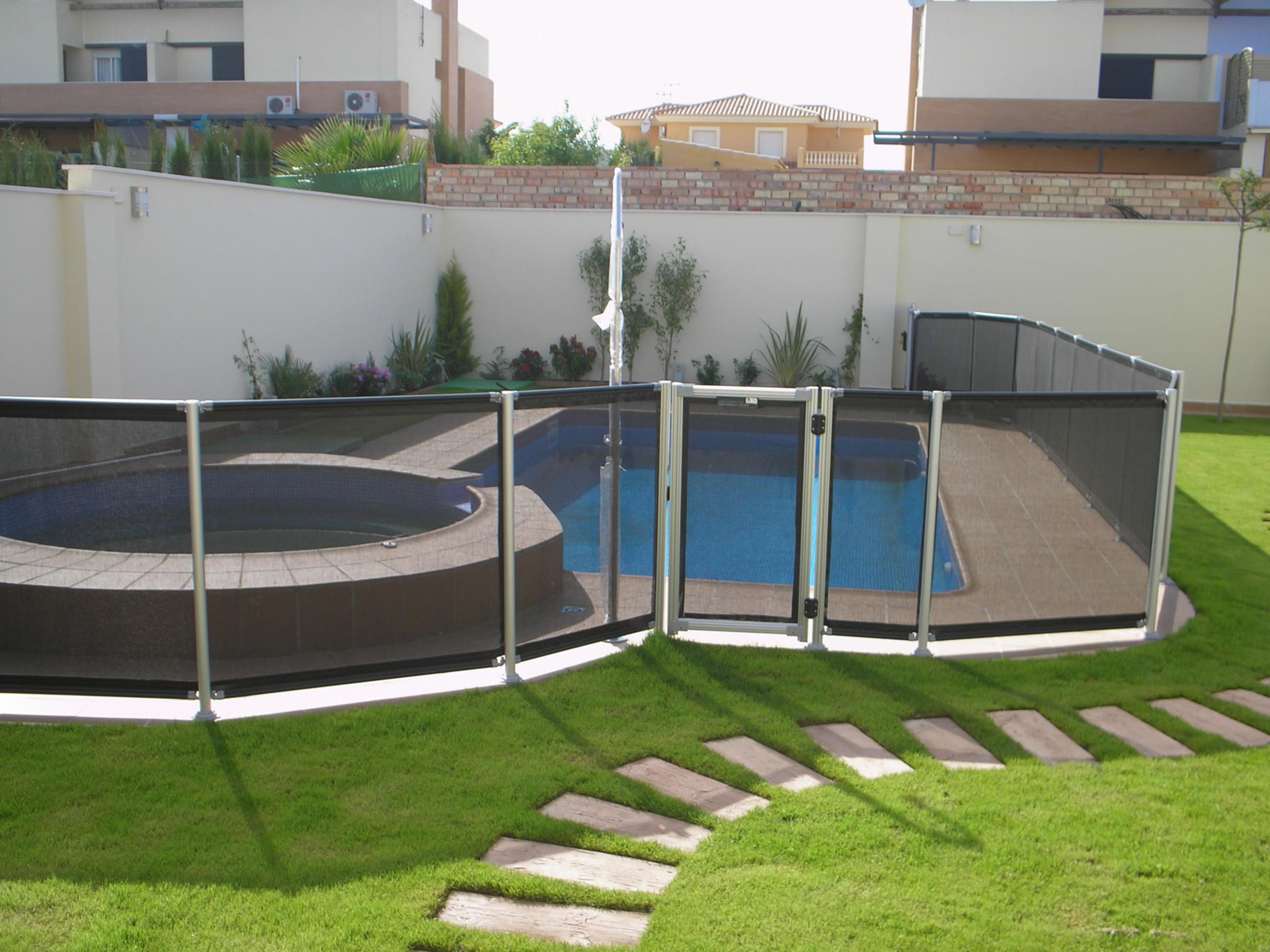 Disfruta de un verano seguro - Valla seguridad piscina ...
