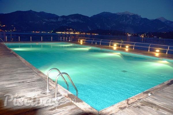 Recomendaciones para la iluminación de su piscina