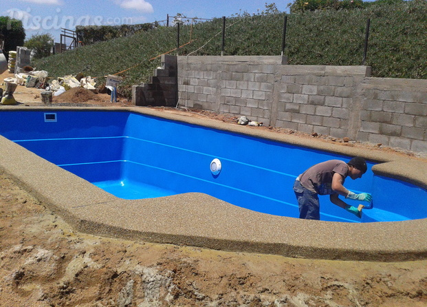 Im genes de construcci n y reparaci n de piscinas zamorano for Reparacion de piscinas