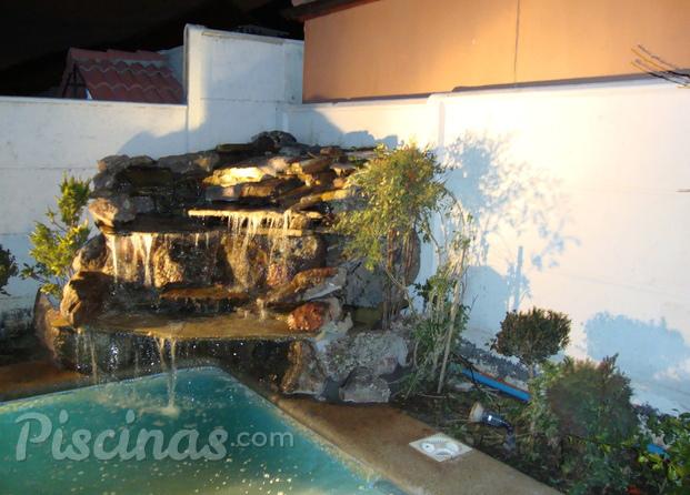 Im genes de ag construacabados - Cascadas de piedra artificial para piscinas ...