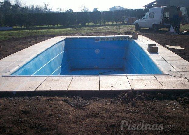 Im genes de piscinas piscis for Empresas de piscinas